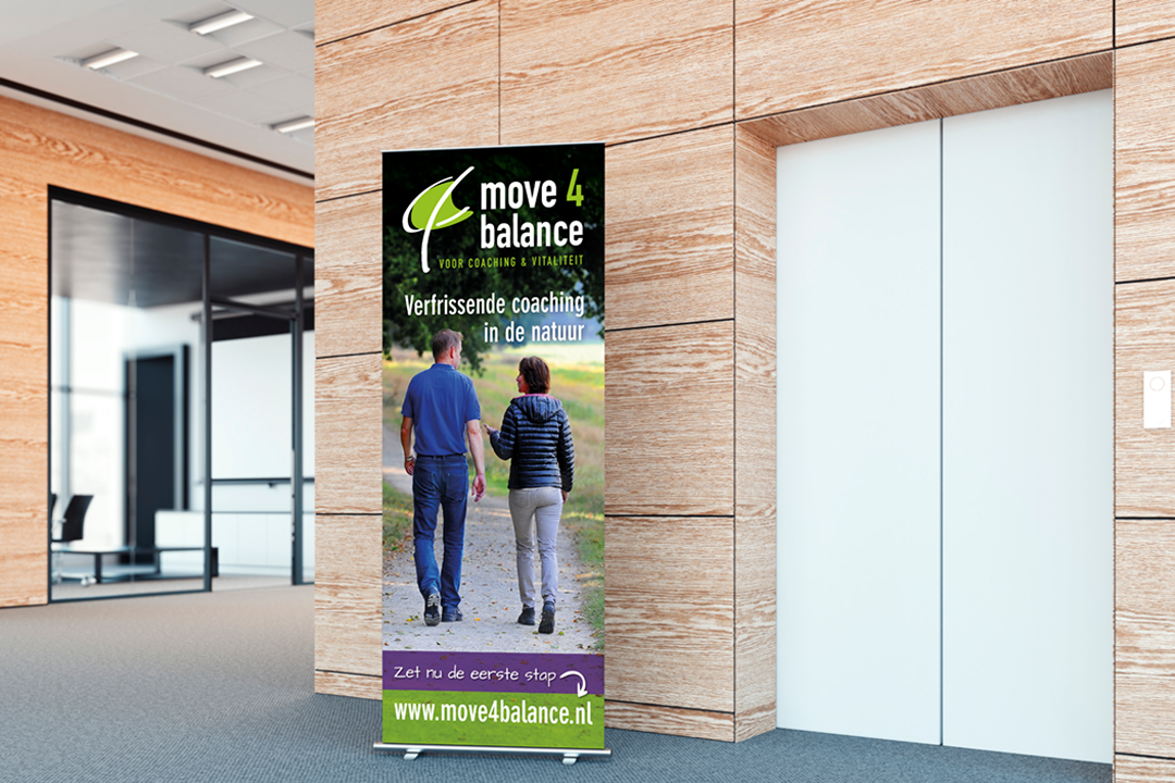 Move4balance Roll up banner
